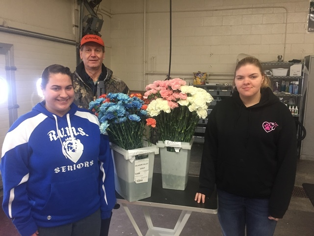 Vet Practices Flower Sale Huge Success