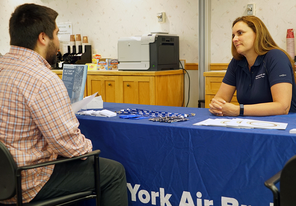 students meet with New York Air Brake